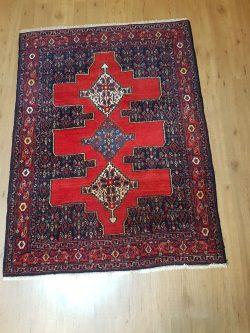 vintage handgeknoopt perzisch tapijt Senneh