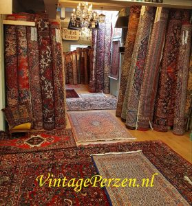 Winkel Openingstijden en Contact, Herenstraat 31 Leiden, 7 dagen per week geopend! Maandag t/m zaterdag van 11.00 - 17.30 Zondag van 13.00 - 17.00